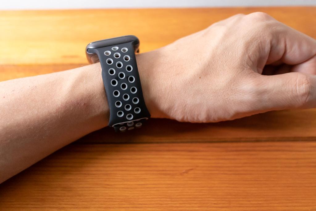 METEQI シリコンApple Watch バンドのグレー