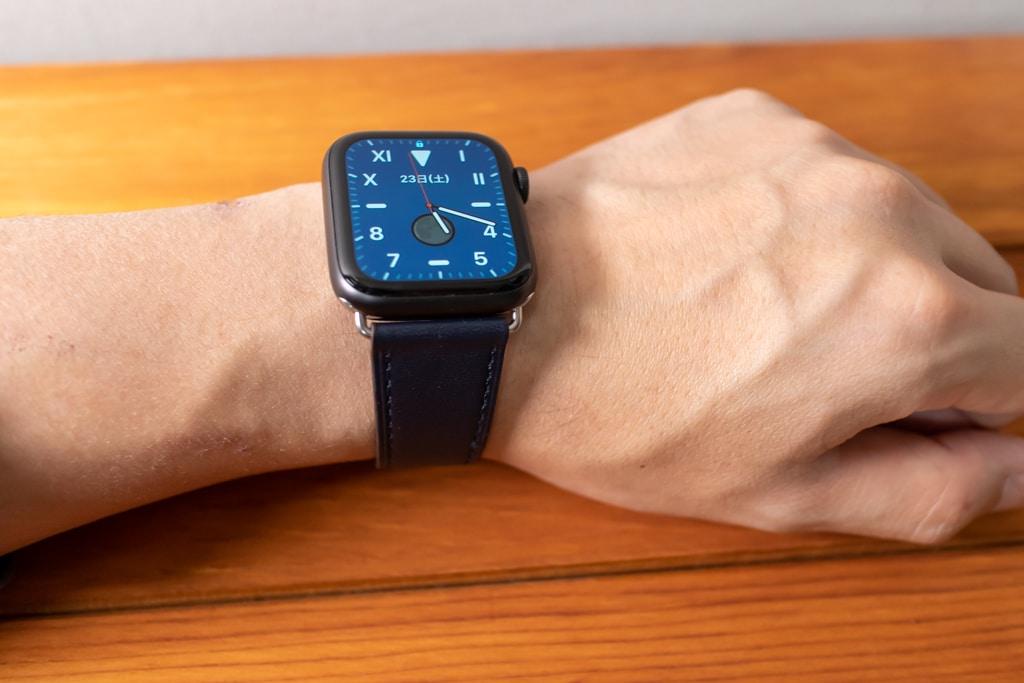 WFEAGL コンパチブル Apple Watch バンドと文字盤を合わせるとカッコいい