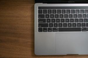 MacBook Proのバタフライキーボード問題まとめ