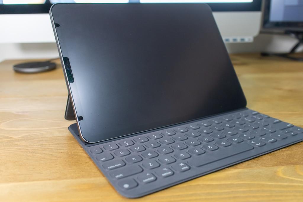 iPad Proのおすすめアクセサリ・周辺機器「Smart keyboard Folio」