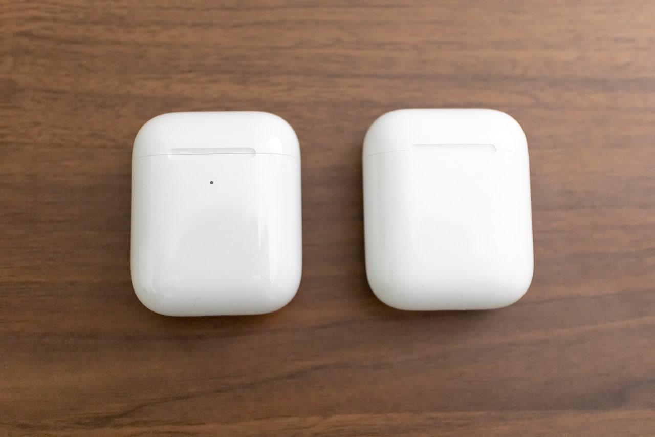 第1世代AirPodsと第2世代AirPodsのバッテリーケース