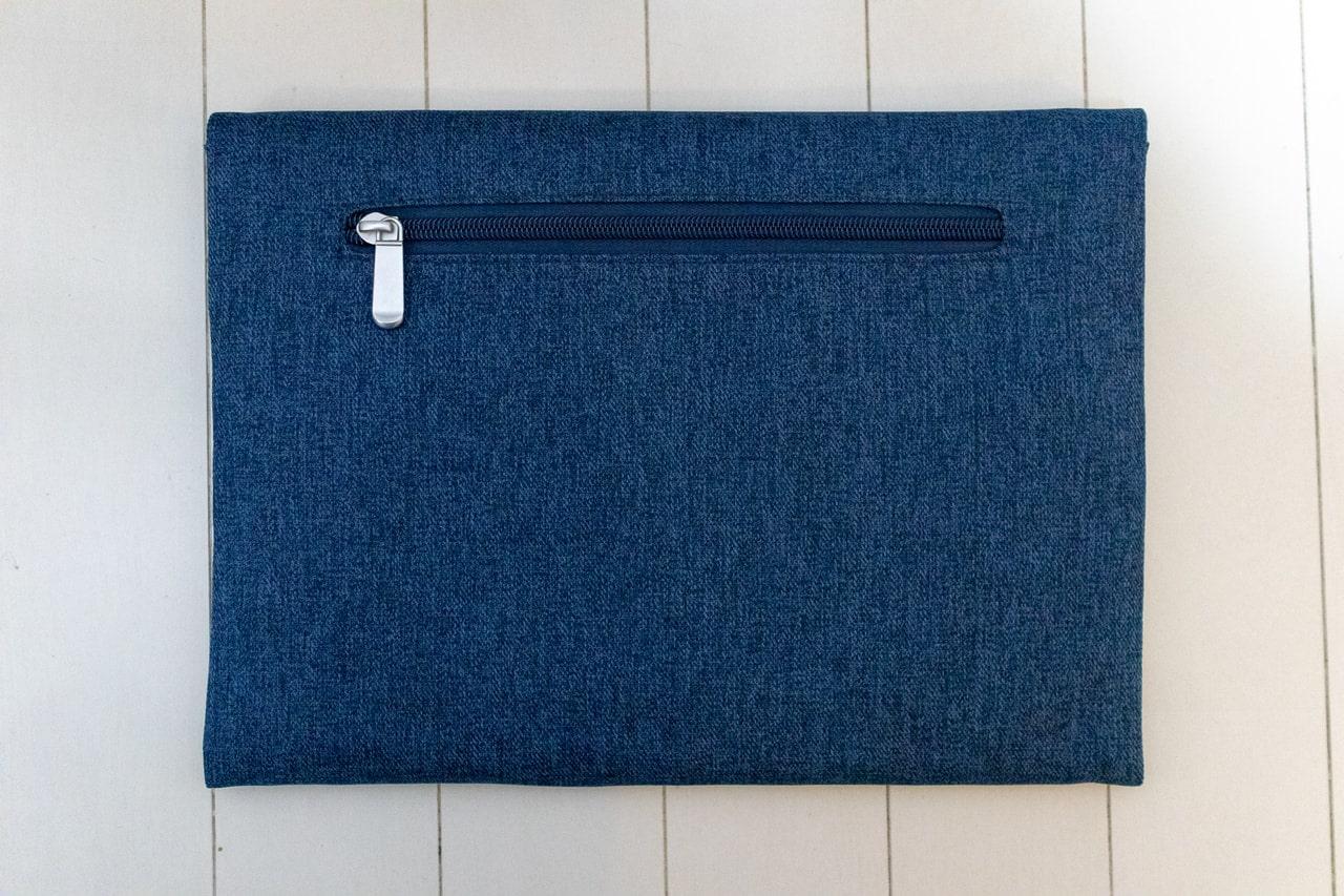iPad Pro 11インチ用おすすめバッグインバッグ「Inateck スリーブケース」は背面もシンプル