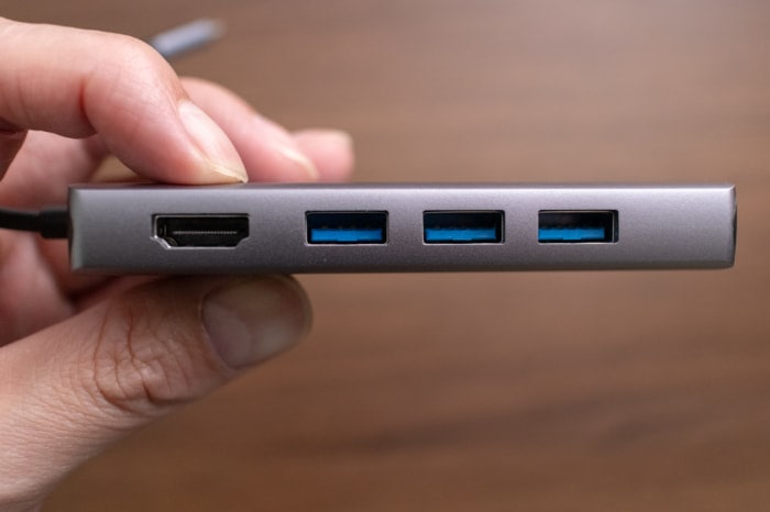 HDMIとUSB-Aポート