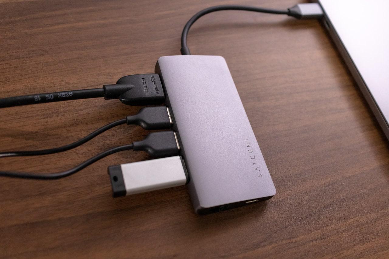 USB-Cハブを使ってポートを拡張
