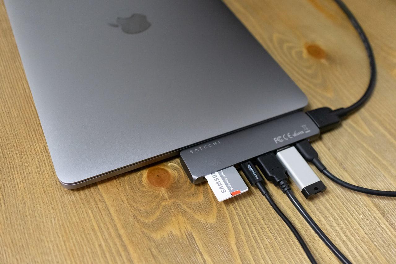 Satechi USB-C アルミニウム Proハブは様々なポートが接続可能