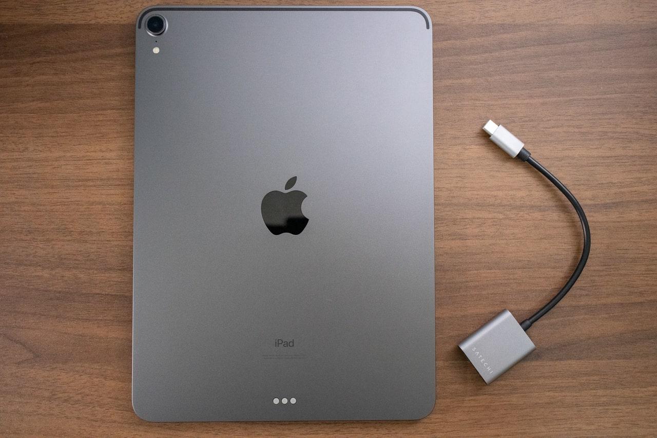 Satechi Type-C to 3.5mm オーディオヘッドホンジャック アダプタはiPad Proにぴったり