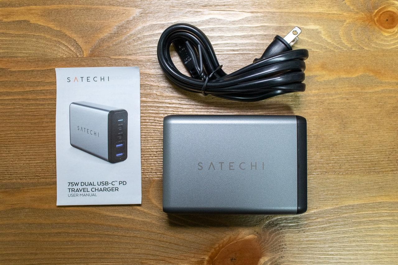 Satechi 75W デュアル Type-C トラベルチャージャーの付属品