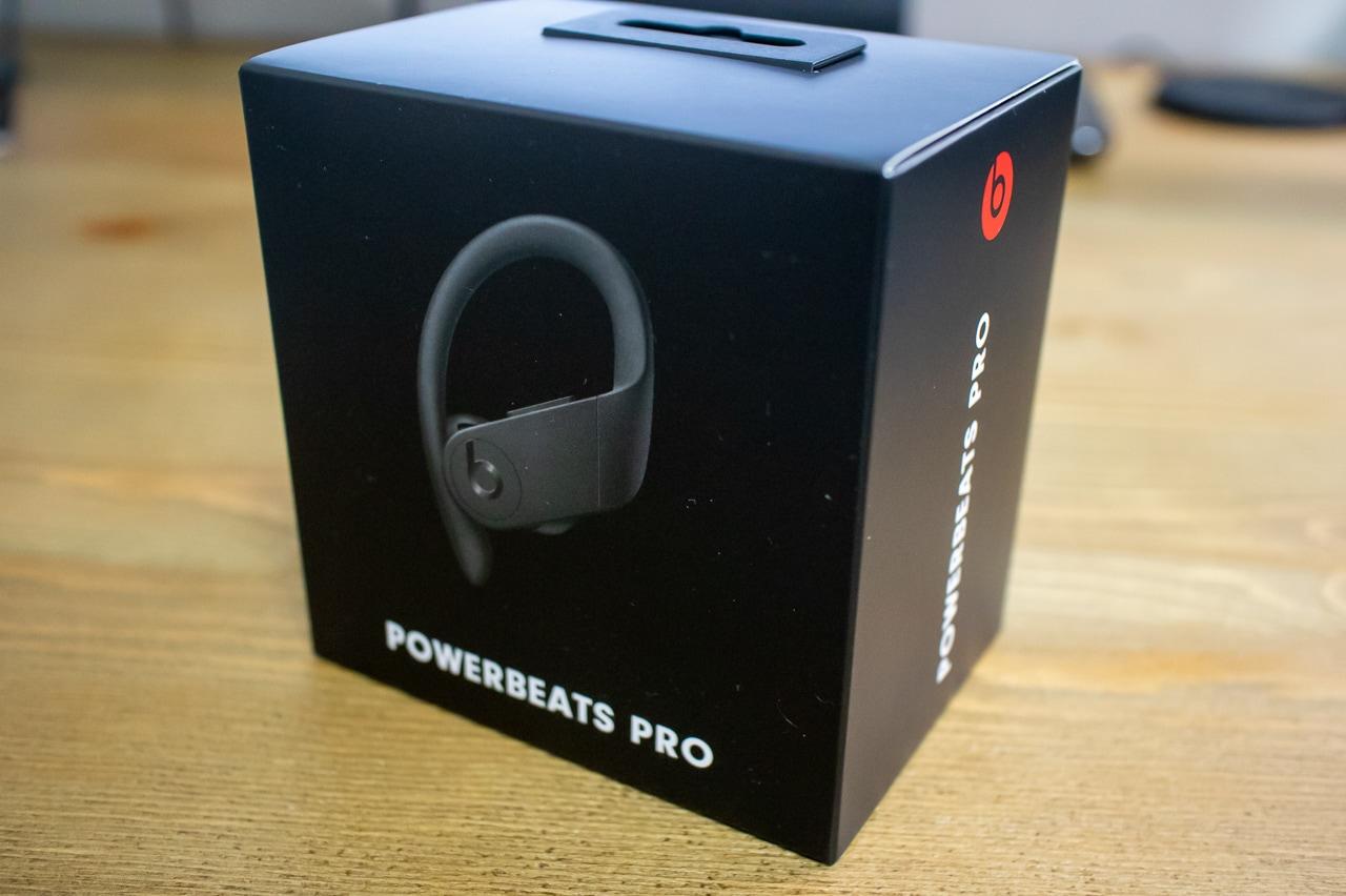 Powerbeats Proの外箱