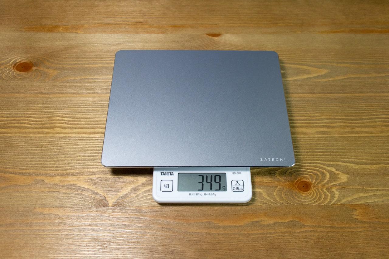 アルミ製マウスパッドの重量
