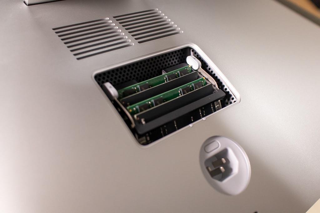 iMacは自分でメモリ増設が可能