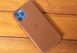 【レビュー】Apple純正 iPhone 11 Proレザーケースはやっぱりハイクオリティだった