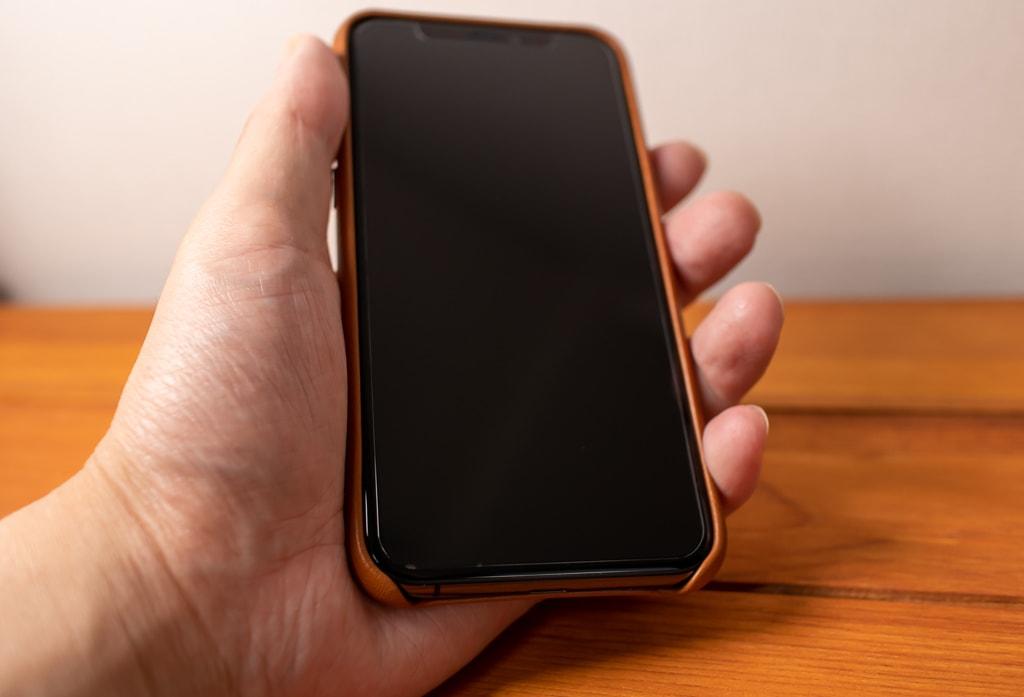 Apple純正 iPhone 11 Proレザーケースは角の部分の保護は完璧