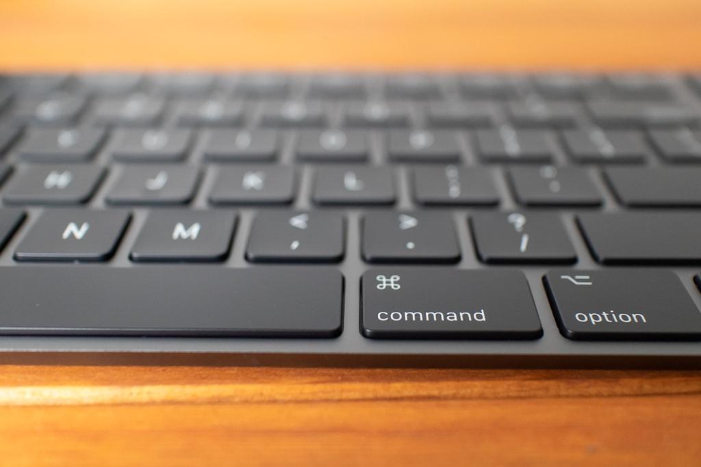 Magic Keyboard (テンキー付き)スペースグレイはキーストロークが浅い