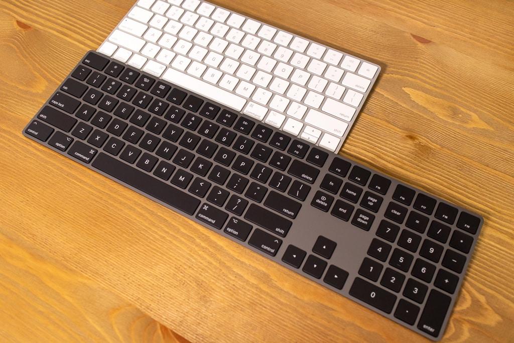 Magic Keyboard (テンキー付き)スペースグレイをテンキーなしとサイズを比較