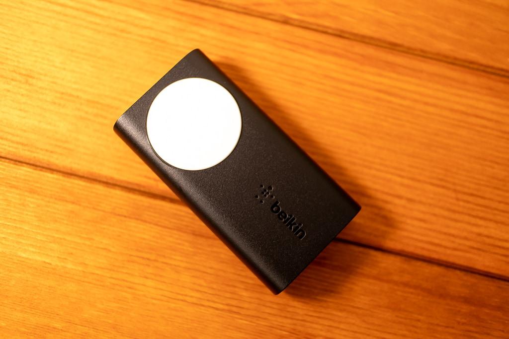 BelkinのApple Watch用モバイルバッテリー