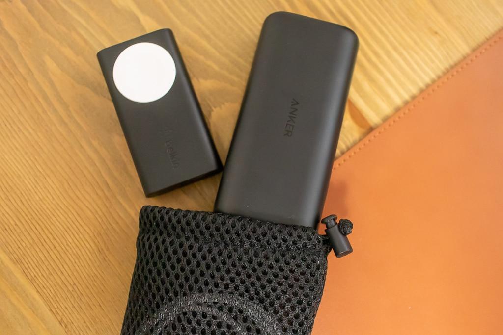 Belkin Apple Watch用モバイルバッテリーをいつものモバイルバッテリーにプラスしても気にならない