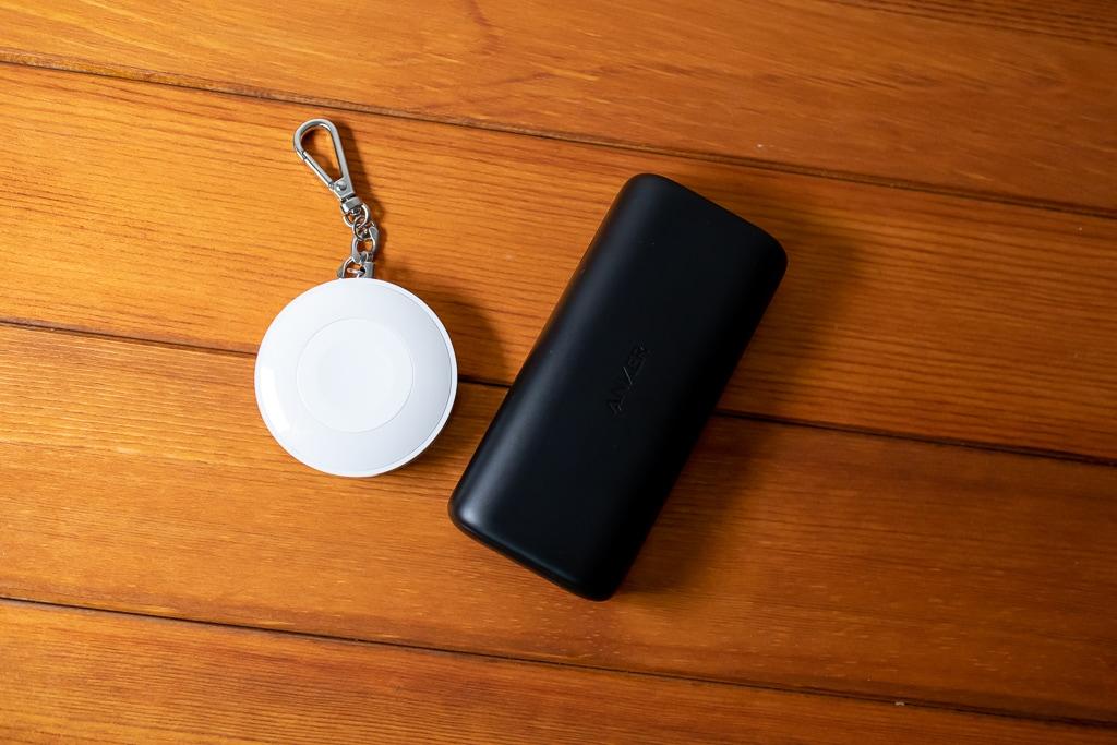 一般的なモバイルバッテリーとのサイズ感の違い