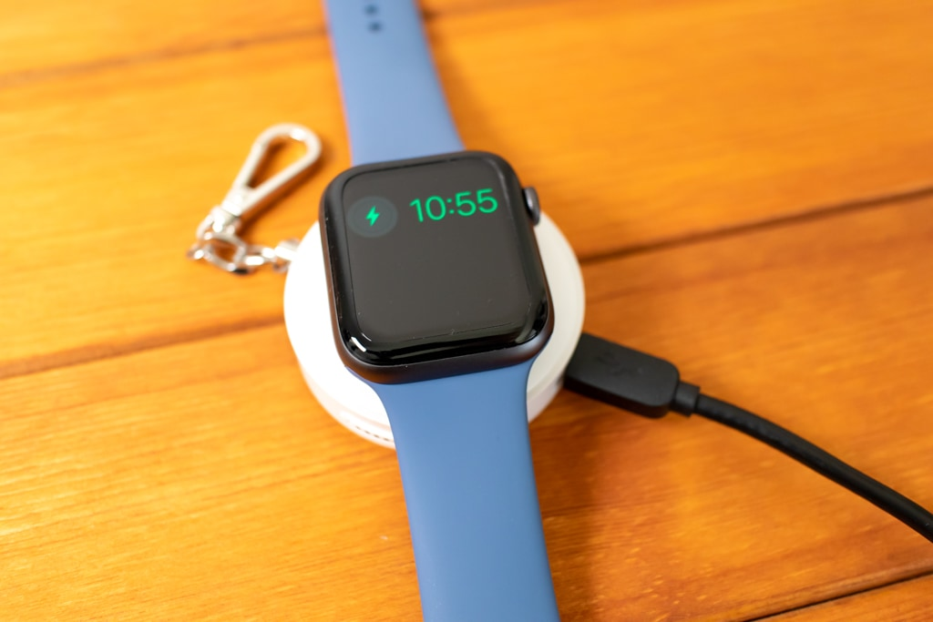 本体を充電しながらApple Watchを充電