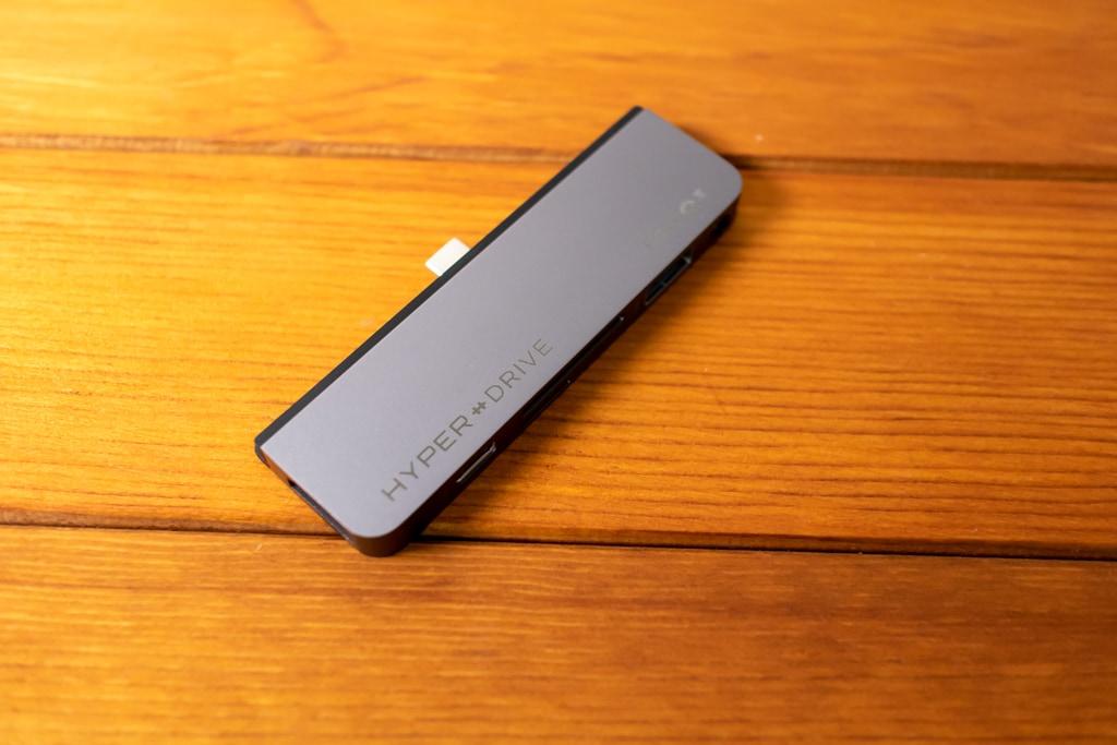 HyperDrive iPad Pro USB-Cハブの本体