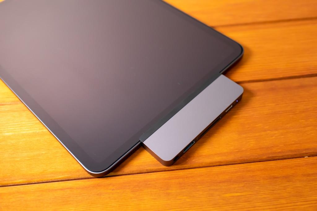 HyperDrive iPad Pro USB-Cハブはデザインもカッコいい