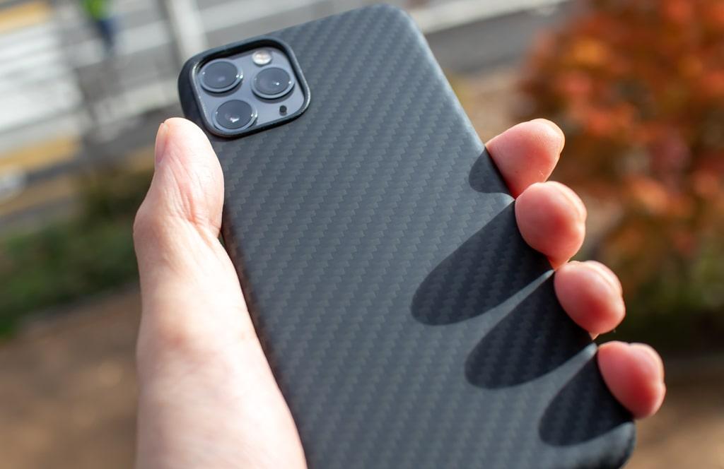 PITAKAのiPhone 11 Proケースは丈夫