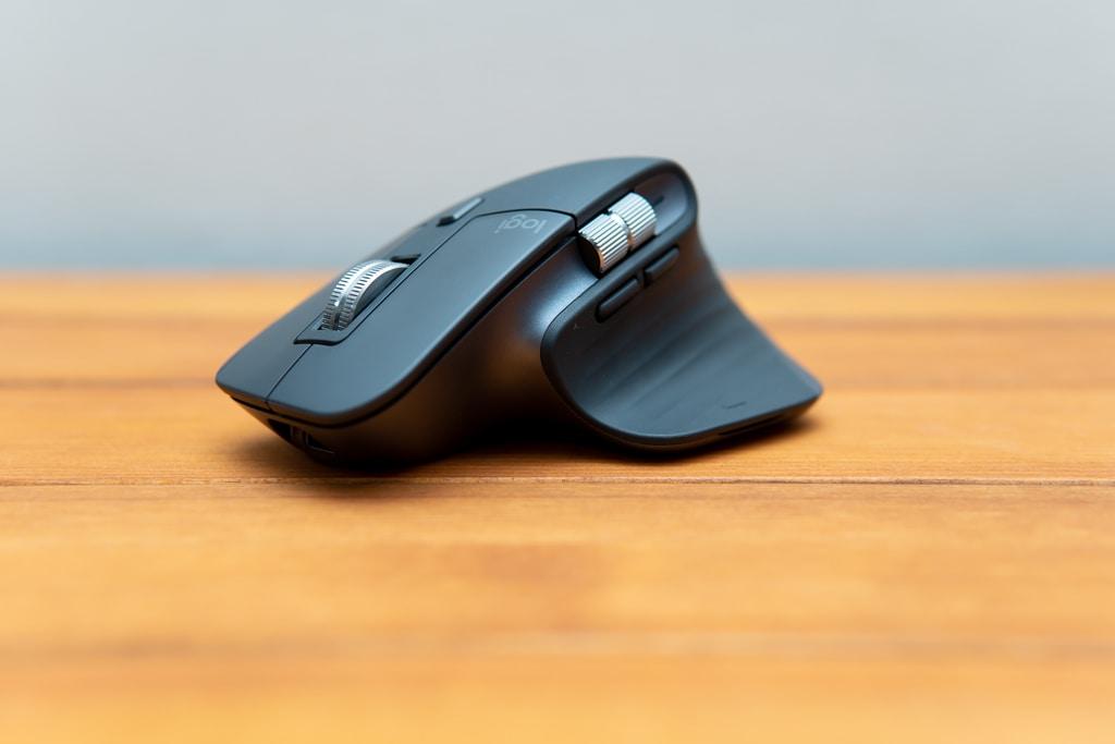 高機能なマウス「MX MASTER 3」