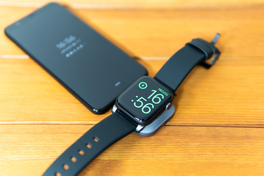 Satechi USB-C Apple Watch充電ドックはUSB-Cポートを持ったAndroid端末でも