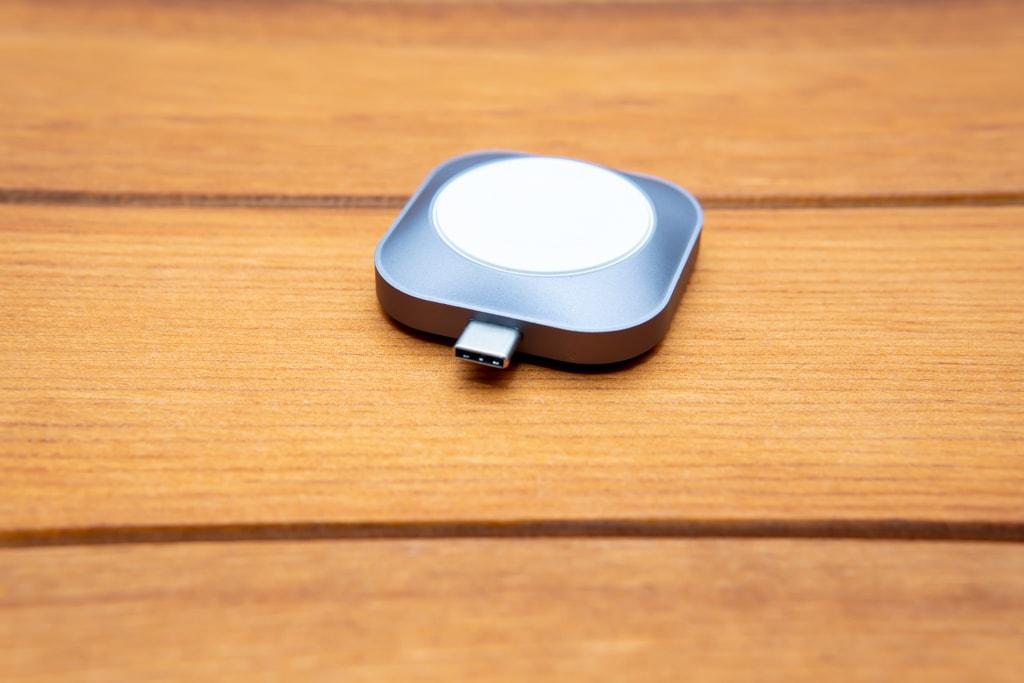 USB-Cで直挿しできる充電ドック
