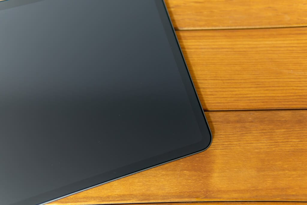 「PCフィルター専門工房」ペーパーライクフィルムをiPad Proに貼り付け完了
