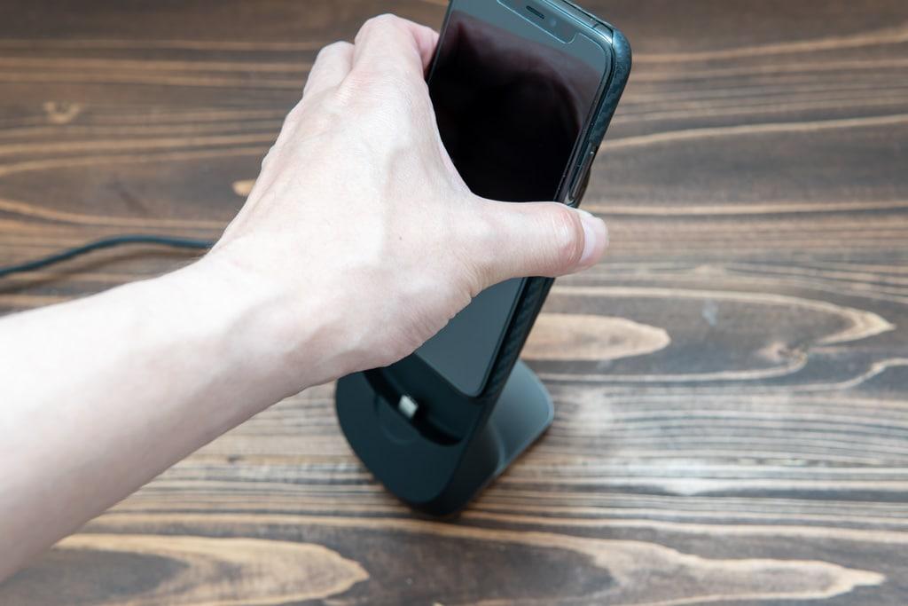 iPhoneをスライド