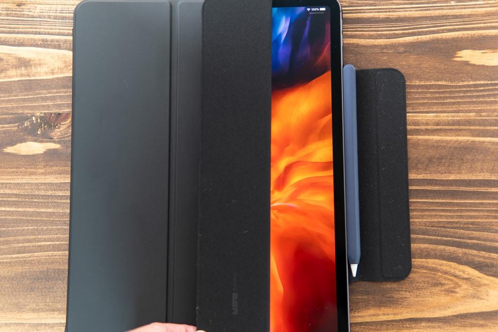 ESR iPad Pro 2020用ケースはオートスリープ・ウェイクに対応