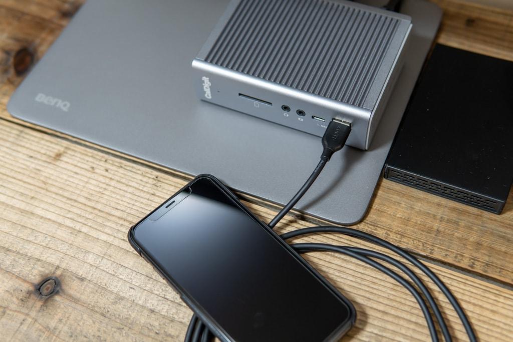 TS3 Plusはマシンに接続していなくても充電可能