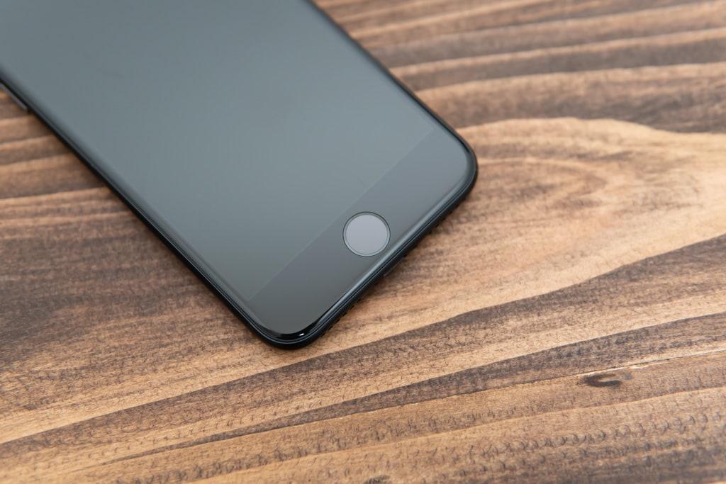 新型iPhone SE(第2世代)にはホームボタン