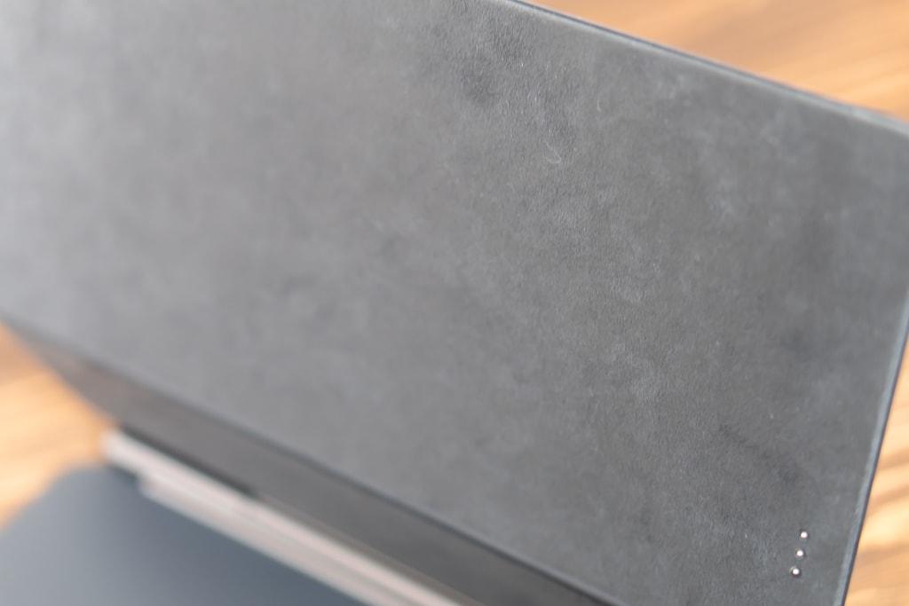 iPad Pro装着部分はマイクロファイバー