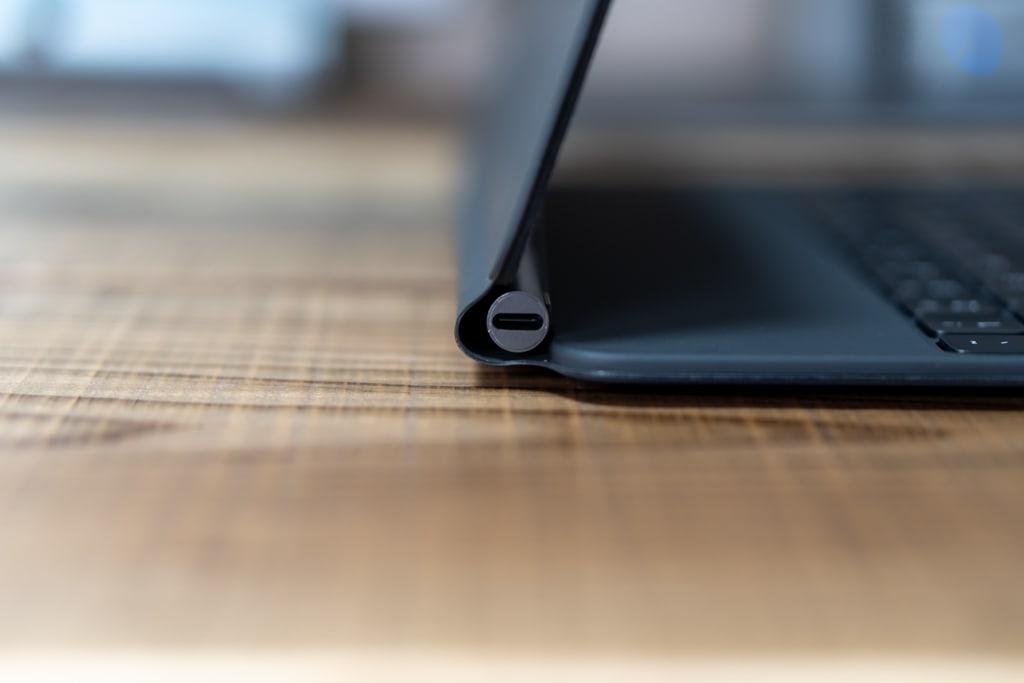 iPad Pro用Magic Keyboardはパスするー充電用のUSB-Cポートが