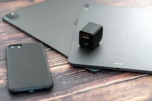 AUKEY PA-Y19レビュー:極小サイズ!iPad ProやiPhoneに最適な30Wの超小型USB充電器