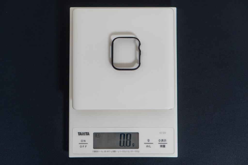 重量は0.8gと軽い