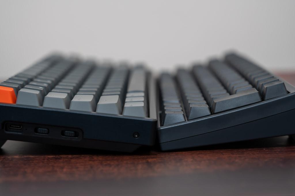 Keychron K2は高さのあるキーボード