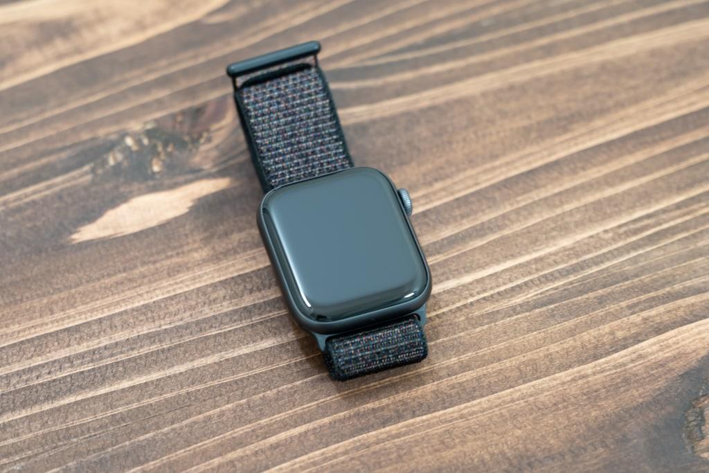 ULOE Apple Watch ケース未装着時