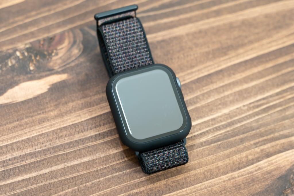 ULOE Apple Watch ケース装着時