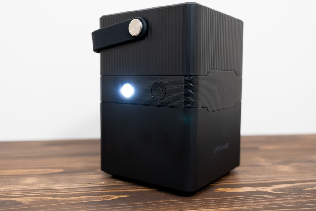 RP-PB187には複数の照明モードを備えたライトも
