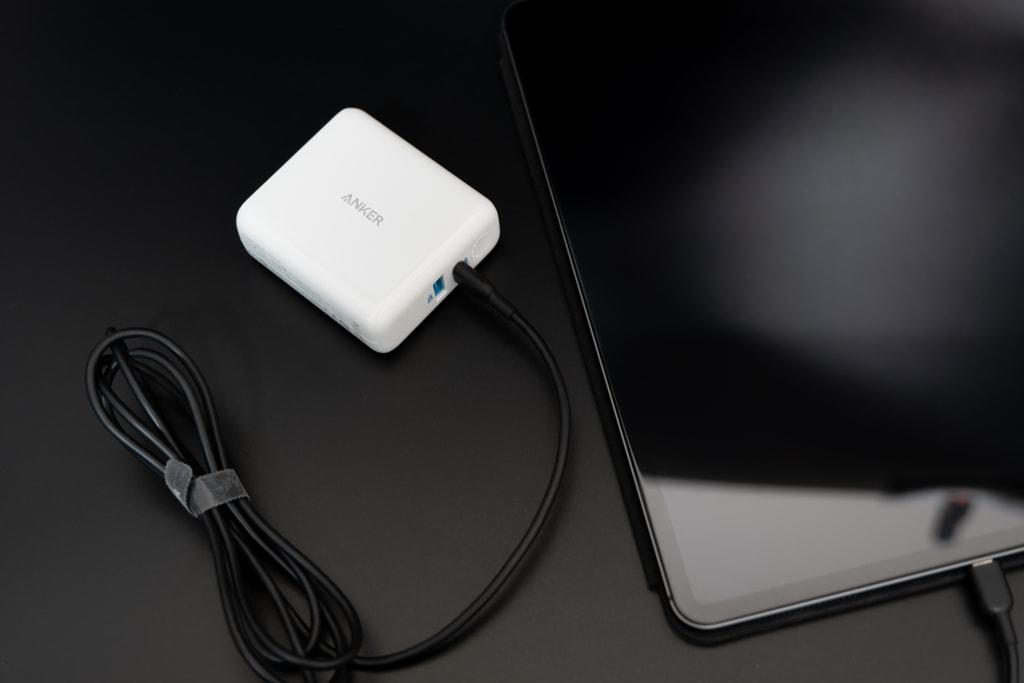 Anker PowerCore III Fusion 5000はiPad Proも充電できる