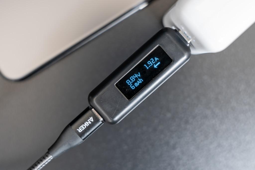 Anker PowerCore III Fusion 5000のUSB-Cポートは18W