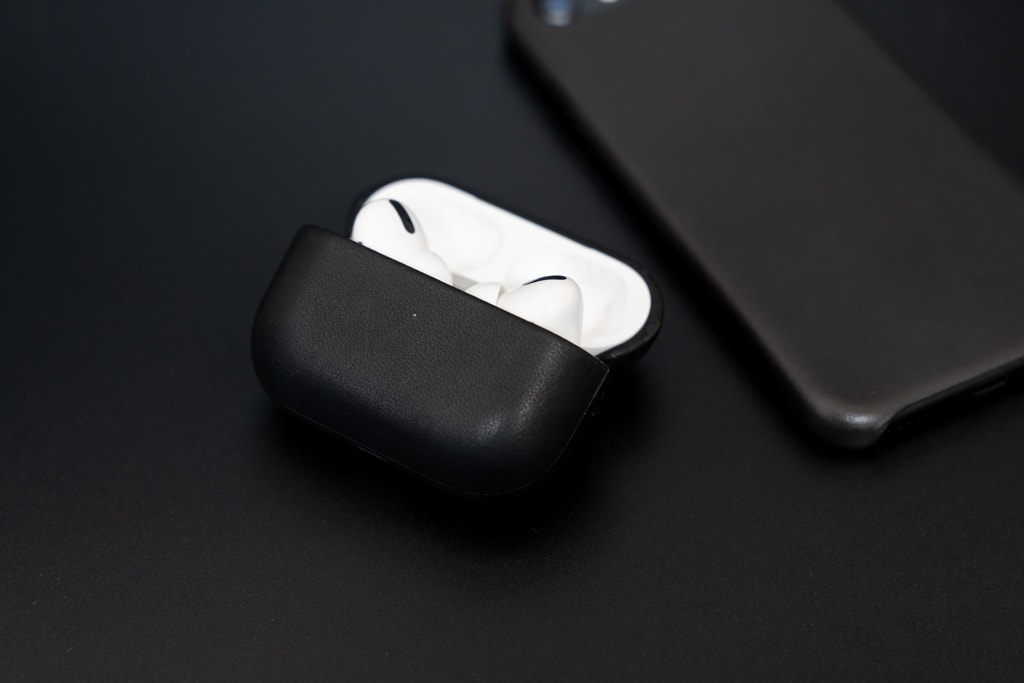 Nomad Rugged Case AirPods Proはワンランク上の存在感
