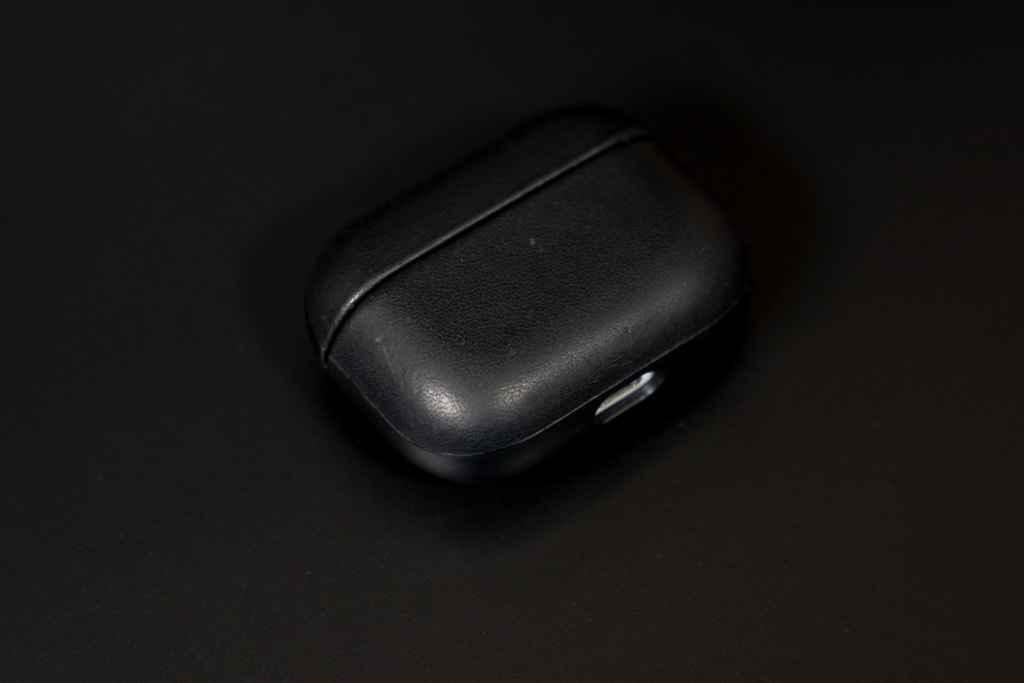 Nomad Rugged Case AirPods Proは経年変化を楽しめる