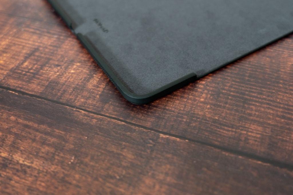 NOMAD iPad Pro Rugged CaseはiPad Pro周囲を覆うバンパーを備える