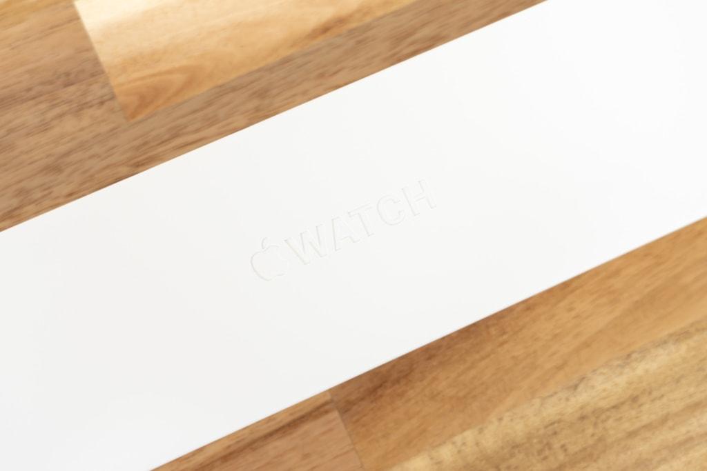 Apple Watch Series 6の外箱