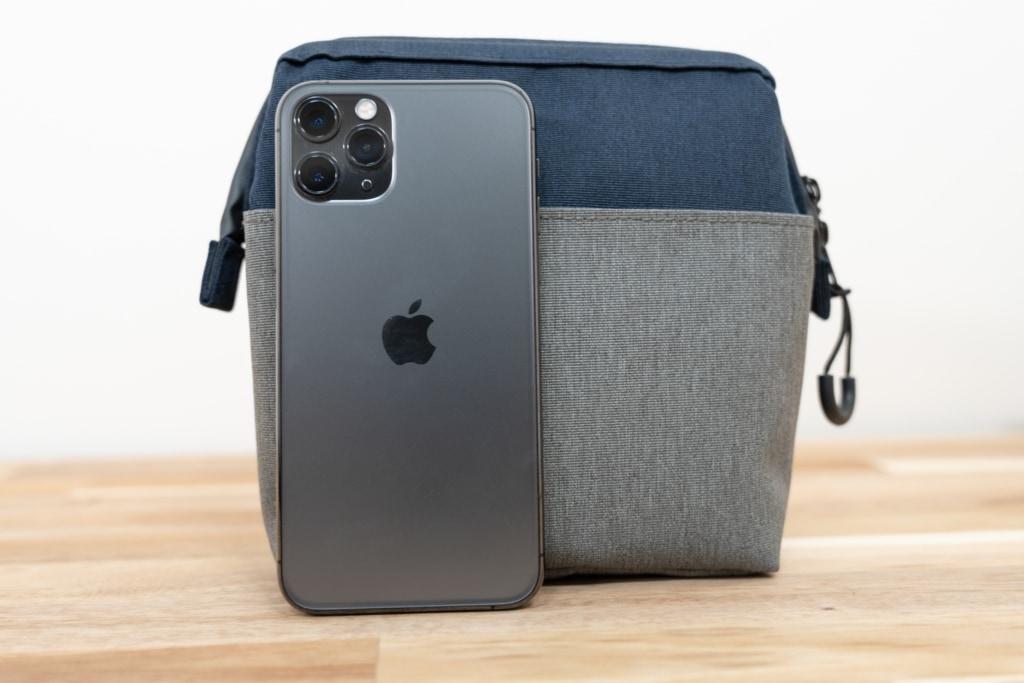 デイズポーチとiPhone 11 Pro