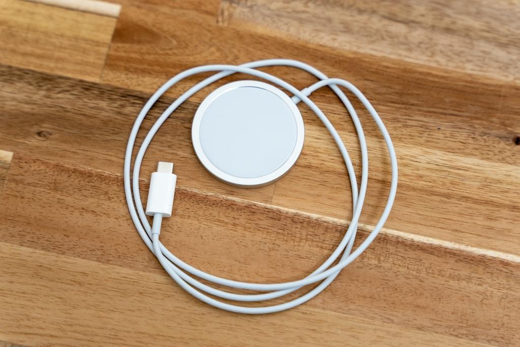 Apple MagSafe充電器はApple Watchの磁気充電ケーブルにそっくり