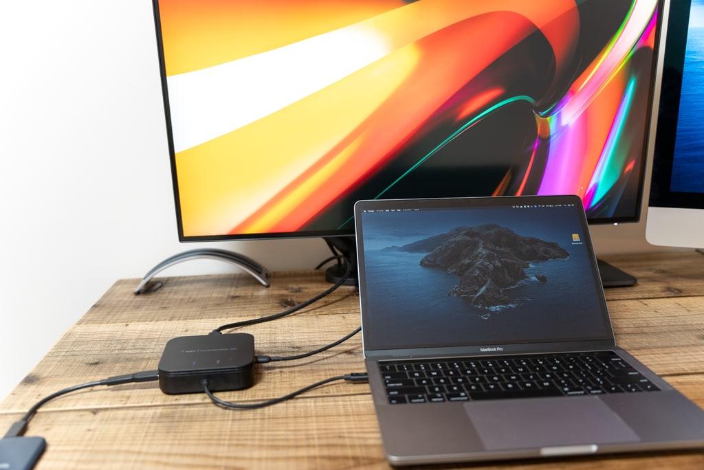 ケーブル1本でMacBook Proと接続